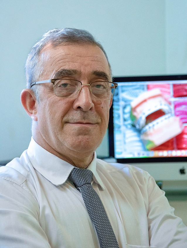 ortodonta Akbar Shahnazari
