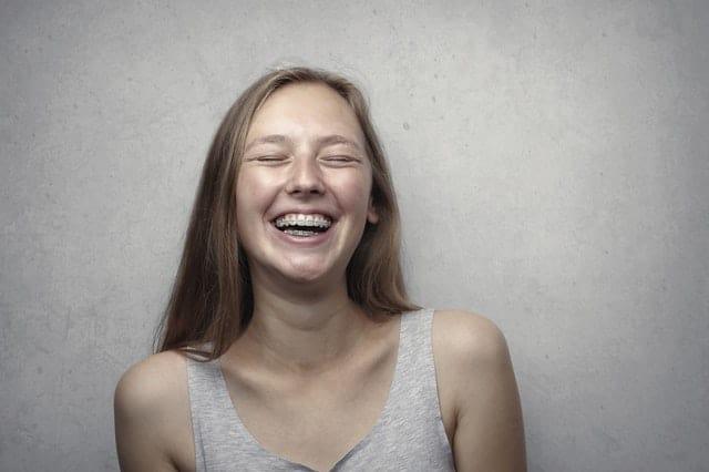 Higiena zębów z aparatem ortodontycznym