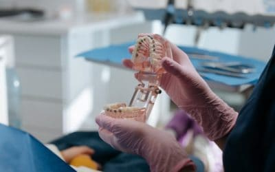 Zakładanie aparatu ortodontycznego – jak przebiega?